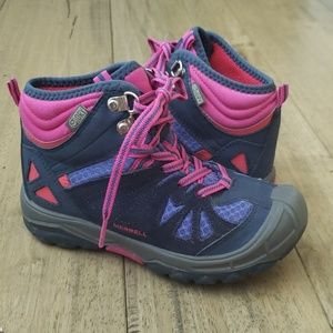 Girls size 13 Merrell Capra hiking boots